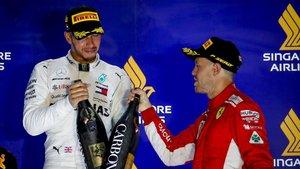 Hamilton y Vettel en el podio del año pasado.