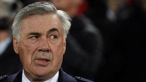 Ancelotti toma medidas contra la plantilla del Nápoles