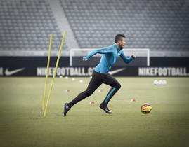 Cristiano estrenará botas en el Madrid-Barça 9bb97dfbff173