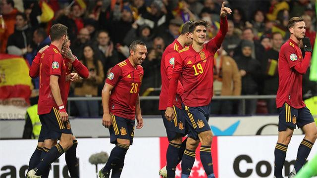 España golea a Rumanía por 5-0