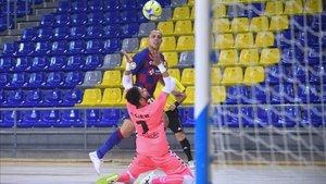 Ferrao superó con esta excelente acción a Asier en el 3-0
