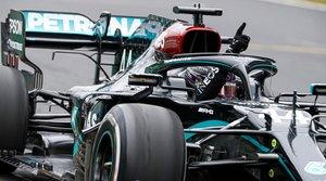 Hamilton, celebrando su octava victoria de la temporada