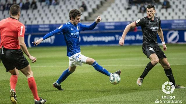 El Oviedo consigue un punto en el último minuto