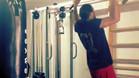Pinto ejercitándose en el gimnasio de su casa