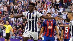 Salisu se estrenó como goleador ante el Eibar
