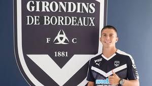 Sergi Palencia defenderá la camiseta del Girondins de Burdeos hasta final de la presente temporada