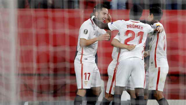 El Sevilla doblega a la Lazio y se clasifica para octavos