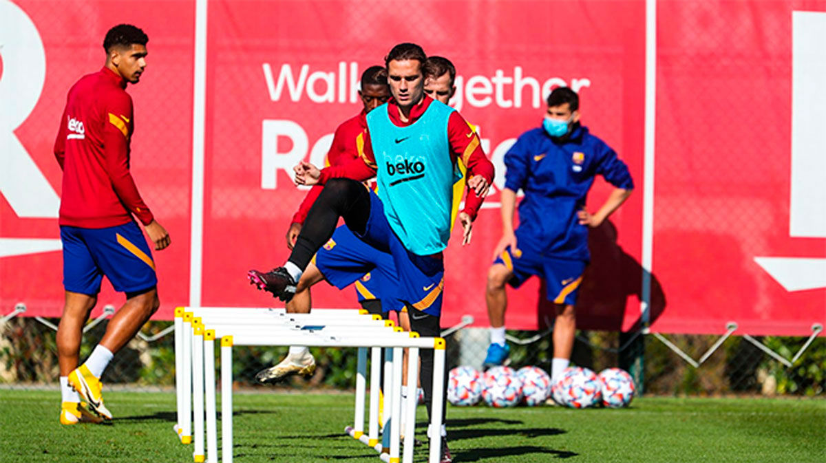 Sigue en directo el último entrenamiento del Barça antes de viajar a Turín
