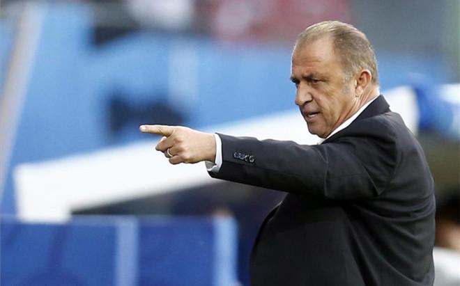 Terim ya no es seleccionador de Turquía