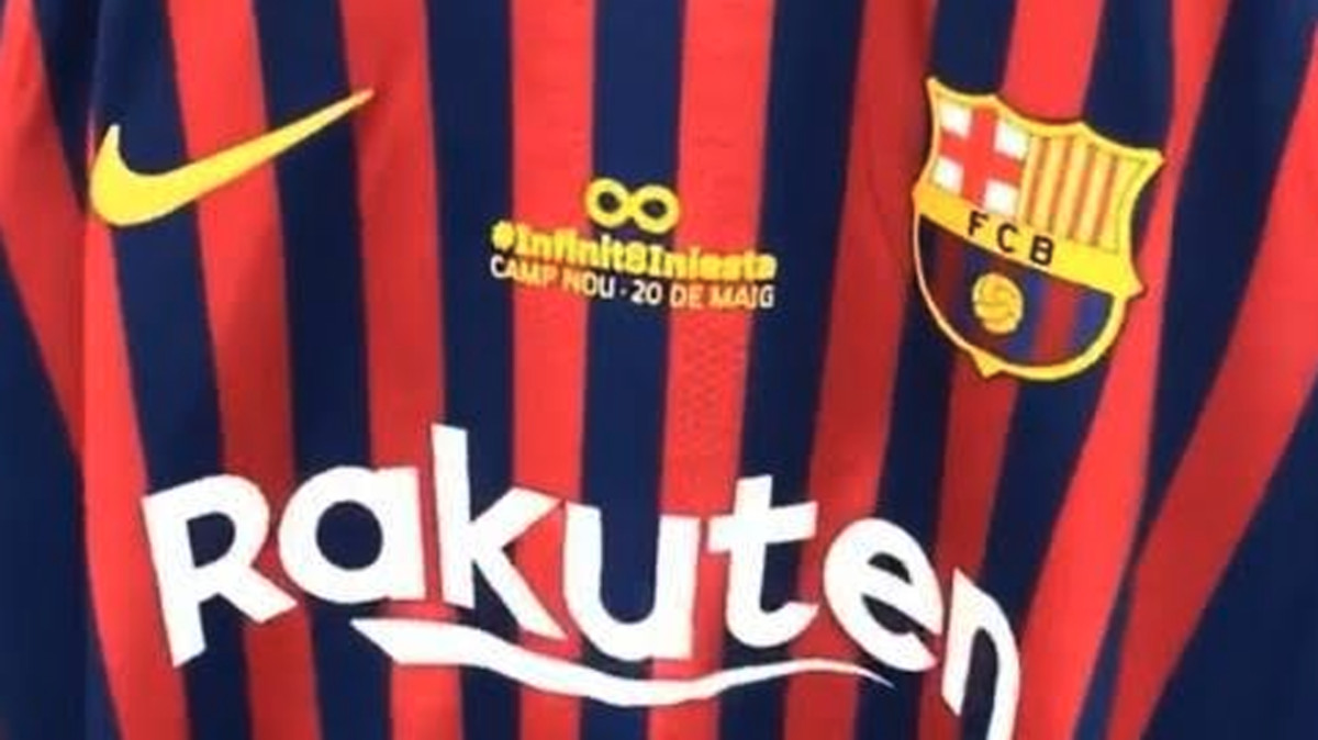 Guiño en la camiseta del Barça al adiós de Iniesta 7a9641cf670da