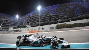 Victoria 84 para Lewis Hamilton