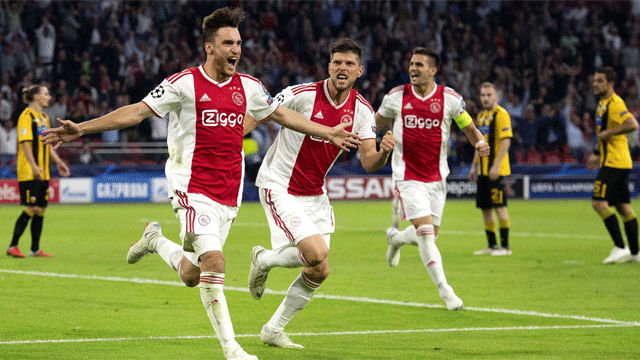 El Ajax de De Jong goleó en la segunda mitad