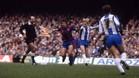 Alexanco y Lauridsen en una acción del derbi de 1982 en el Camp Nou (1-3)