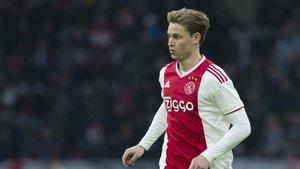 Frenkie De Jong piensa seguir en el Ajax por el momento