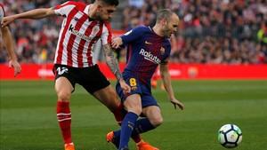 Iniesta se llevó la gran ovación del Camp Nou