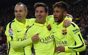 Iniesta, Messi y Neymar, celebrando uno de los goles al Atlético