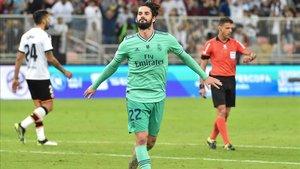 Isco celebra su gol ante el Valencia
