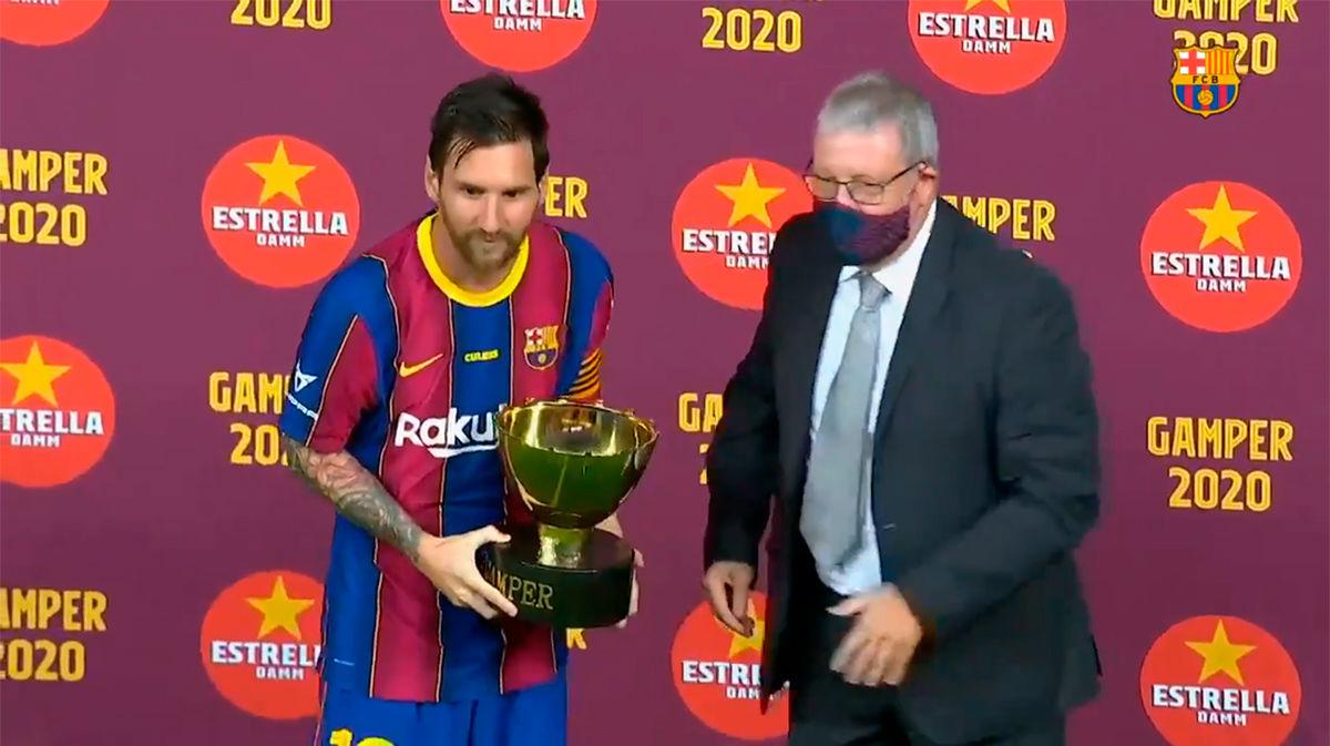 Messi recogió el Trofeo Joan Gamper