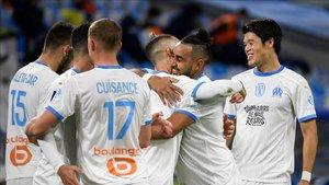 Payet celebra su gol con los compañeros