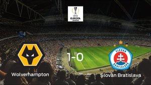 El Wolverhampton Wanderers gana 1-0 en su estadio frente al Slovan Bratislava