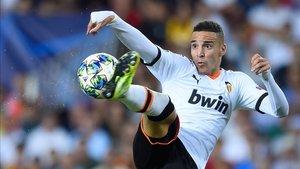 xortunovalencia s spanish forward rodrigo moreno kicks th191010180603