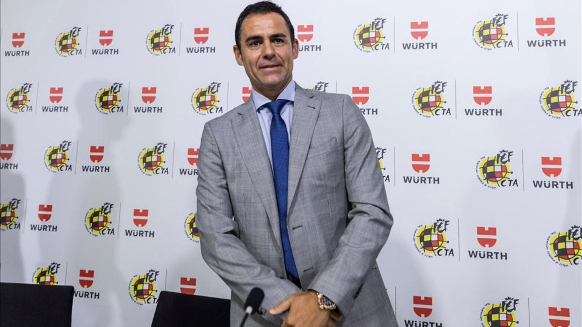 Velasco Carballo no iba a dar la charla VAR al Atlético de Madrid 2b8249fb0ef