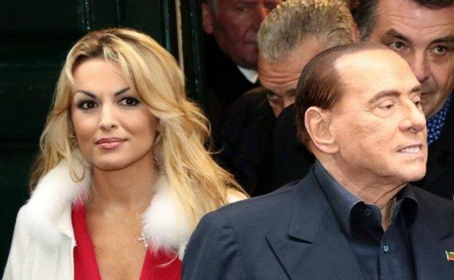 Silvio Berlusconi dice adiós a su novia, 49 años menor que él