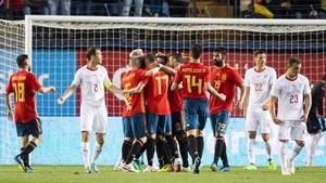 La alegría de los jugadores de la selección española después del 1-0, obra de Odriozola