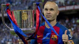 Andrés Iniesta es el jugador del FC Barcelona, junto a Leo Messi, con más títulos cosechados (30)