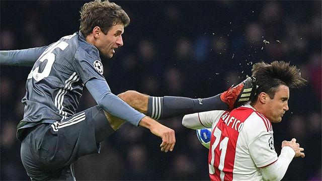 La candidatura de Müller para la MMA: Salvaje entrada del alemán en el Ajax - Bayern