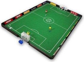 La final de Tipp-Kick: la disciplina que aúna penaltis y futbolín