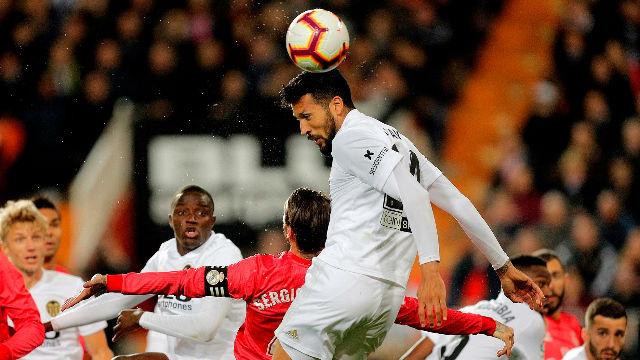 Garay anotó el segundo tanto del Valencia en la victoria che ante los blancos (2-1)