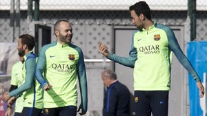 Iniesta y Busquets entrarán en la convocatoria de Copa ante el Atlético de Madrid