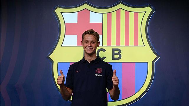 De Jong ya está en Barcelona y visita La Botiga