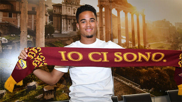 Justin Kluivert, a su llegada a Roma