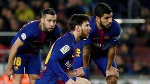 Messi marcó dos goles y Suárez, tres
