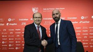 Monchi y José Castro escenificaron el retorno del director deportivo a Sevilla