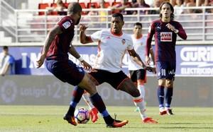 Nani, futbolista del Valencia, estará un mes de baja