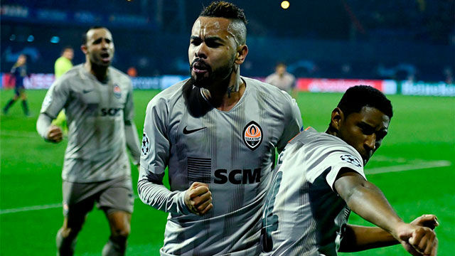 El Shakhtar marca dos goles en el descuento y empata el partido ante el Dinamo