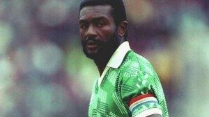 Tataw llevó a Camerún a lo más alto