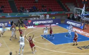 El triple de Velicka con Lituania en el Europeo U18