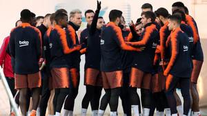 Una imagen del entrenamiento vespertino del FC Barcelona este viernes en la Ciudad Deportiva Joan Gamper