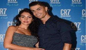 Una vecina indiscreta de Cristiano Ronaldo cuenta detalles sobre la vida del jugador en Turín