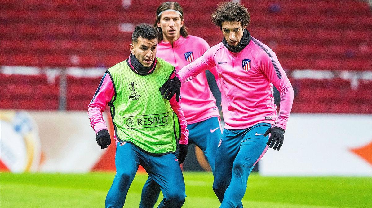 Correa y Vrsaljko, los dos positivos; el Atlético viaja el martes a Lisboa