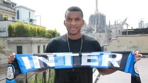 Dalbert ya es del Inter
