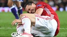 Ibrahimovic se lesionó la rodilla al caer desequilibrado