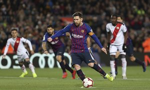 Las mejores imágenes del partido FC Barcelona 3 - Rayo Vallecano 1 correspondiente a la Jornada 27 de La Liga Santander