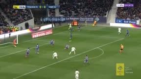 Mbappé también decide en Toulouse en versión nueve de área