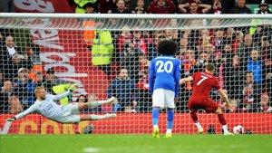 Milner sentenció la victoria con este penalti