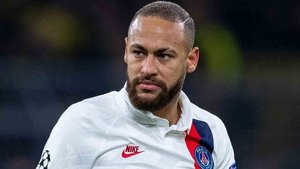 Neymar sigue interesando al Barcelona